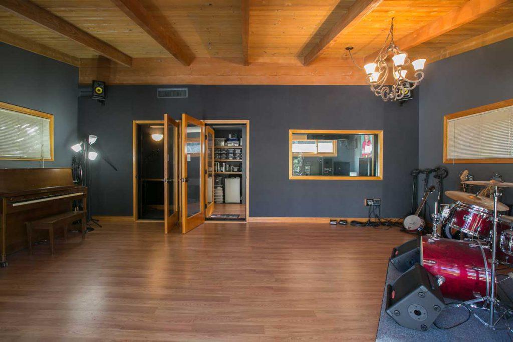 Studio - Live Room